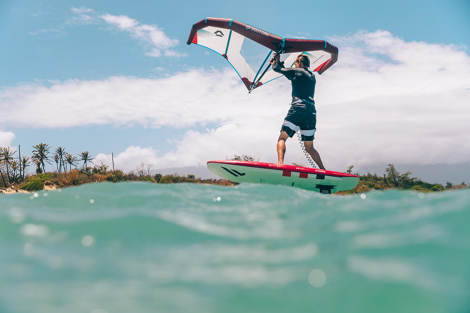 F20 News SUP  003  Klaas SkySUP Wing SiCrowther-SC F19 day3 disc1 AR0I1930